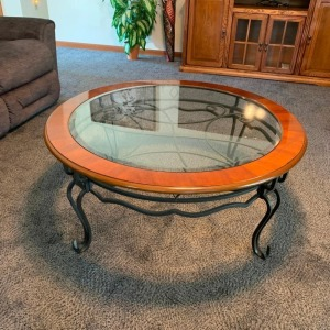 Coffee table (matches Lot 31)