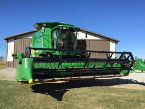 2007 JD 920F Grain table